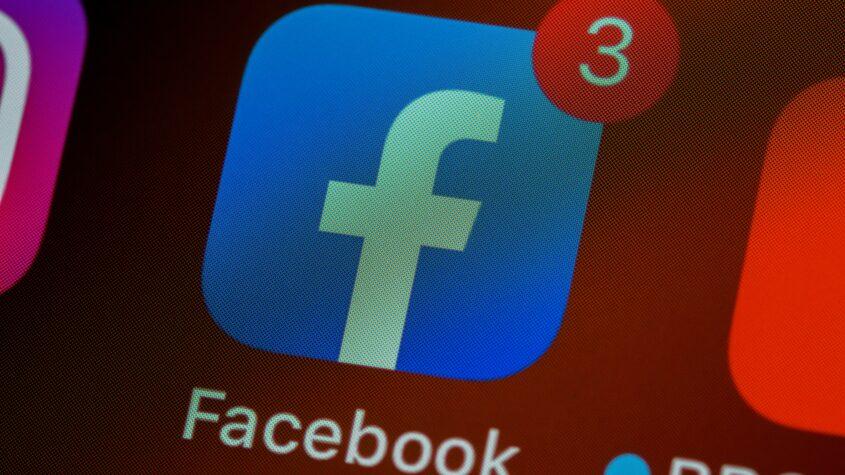 Facebook va combate dezinformarea COVID-19 direct cu notificări către utilizatori