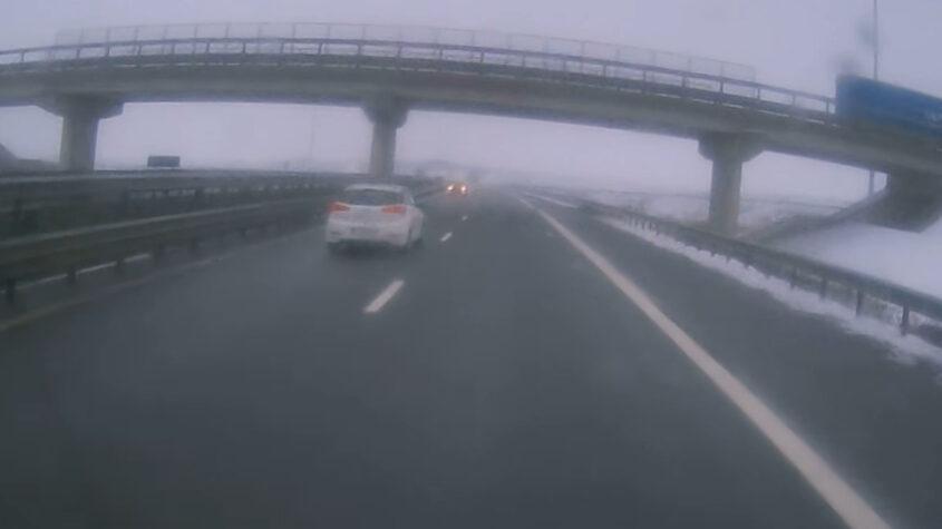 Dezastru evitat în ultima clipă pe A3 Gilău-Turda: un şofer a intrat pe contrasens