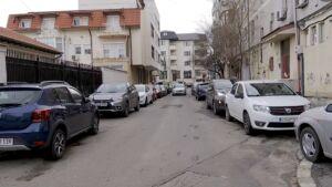Parcarea în fața blocului, misiune dificilă pentru constănțeni