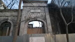 Vila Elena se dărâmă sub ochii constănțenilor
