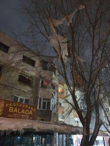 FOTO. Explozie într-un bloc din Medgidia
