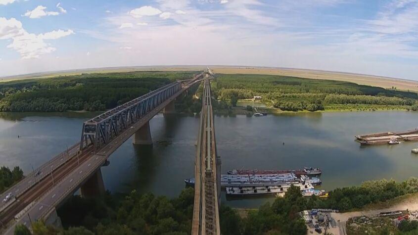 Lucrări de modernizare a podului de la Fetești
