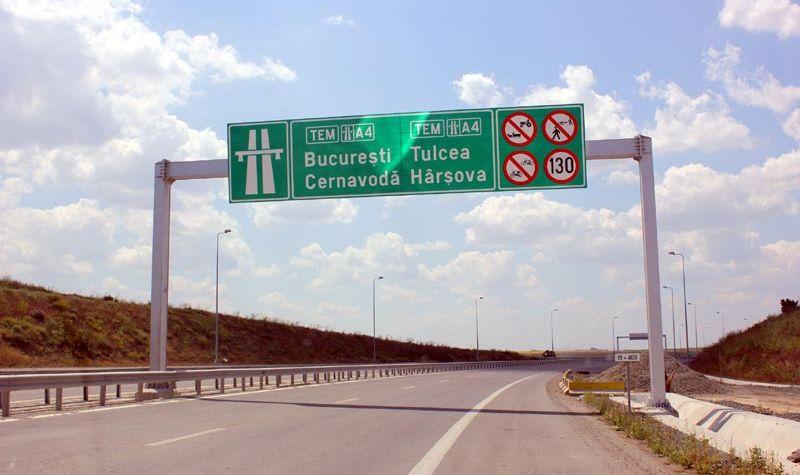 Poliţiştii au reuşit să oprească un şofer drogat care circula haotic noaptea pe A2 Bucureşti - Constanţa