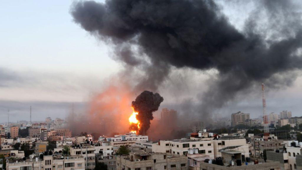 Israel: Militanții Hamas au lansat zeci de rachete asupra Israelului, un copil a fost omorât