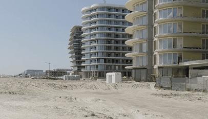 Blocuri direct pe plajă, la Năvodari