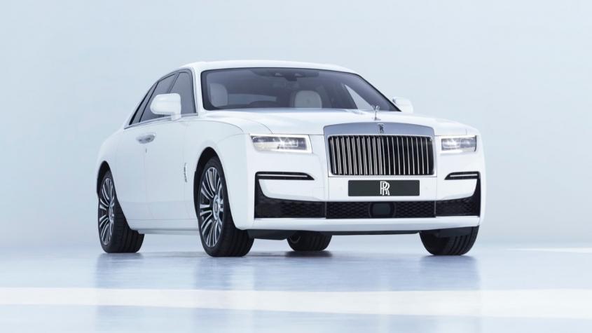 În Rolls–Royce, dar fără... benzină